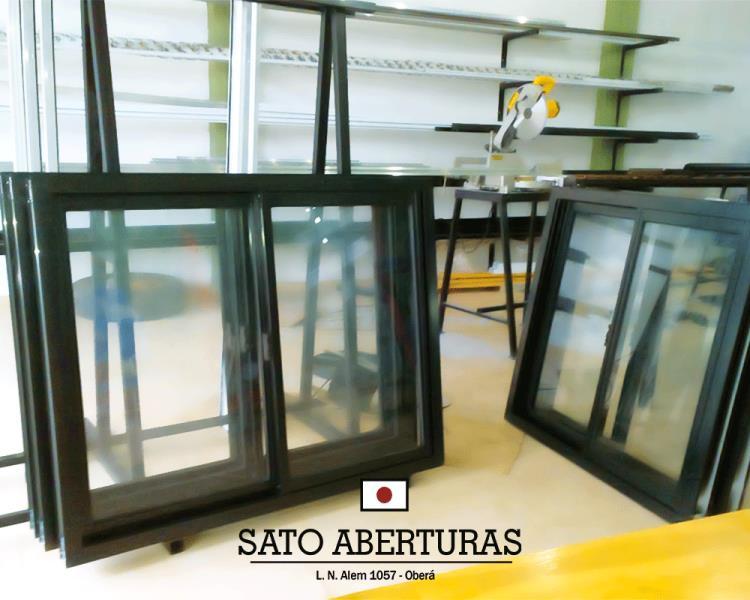 Ventanas con marcos negros | Sato Aberturas :: Aberturas de ...